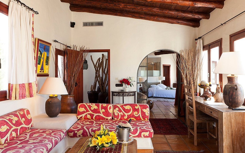Las Brisas room