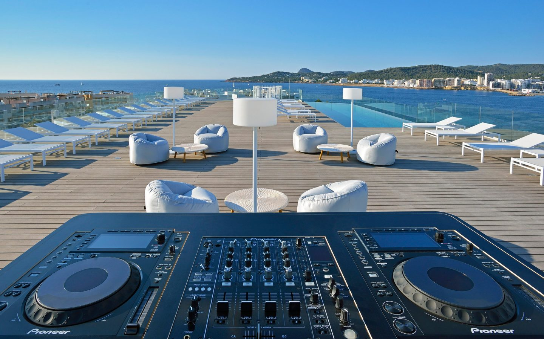 Sol House Ibiza 6